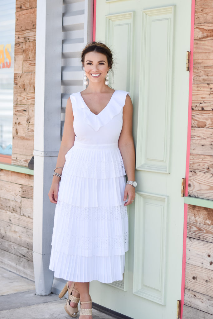 the meghan jones, meghan jones, meghan jones dallas blogger, meghan jones dallas, wedding, wedding fashion, bride to be, bride to be fashion, white dresses, long white dresses, white maxi dress, white maxi, white maxi dress, spring fashion, summer fashion, dallas blogger, dallas fashion blogger, best style blogger