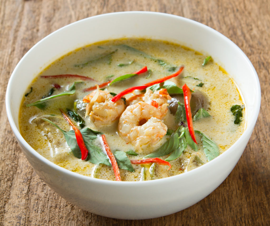 easy green curry recipe, green curry, shrimp green curry, easy curry, easy thai, easy thai recipe, thai recipe, the meghan jones, meghan jones, dallas foodie, dallas food blog, dallas food blogger, wine subscription, monthly wine, wine box, winc, seafood, seafood recipe